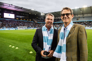 190915 Priset LifeWatch Award delas ut i halvtid under fotbollsmatchen i Allsvenskan mellan Malmö FF och Norrköping den 15 september 2019 i Malmö. Foto: Petter Arvidson / BILDBYRÅN / kod PA / 92342